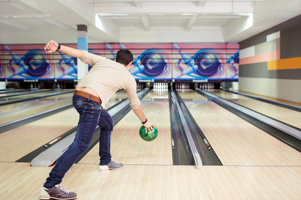 The Best Bowling Shoes For Men & Women